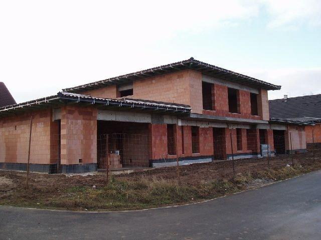 Stavba